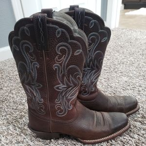 Womens Ariat thin Square boots